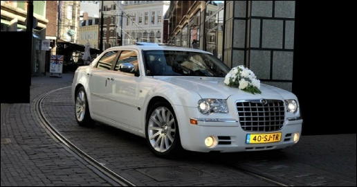 Chrysler 300c trouwauto huren